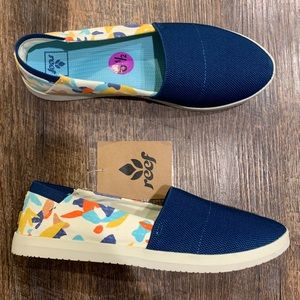 Reef 6.5 slip on shoes